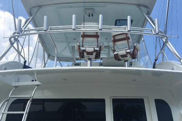 Defiant III Underway Starboard