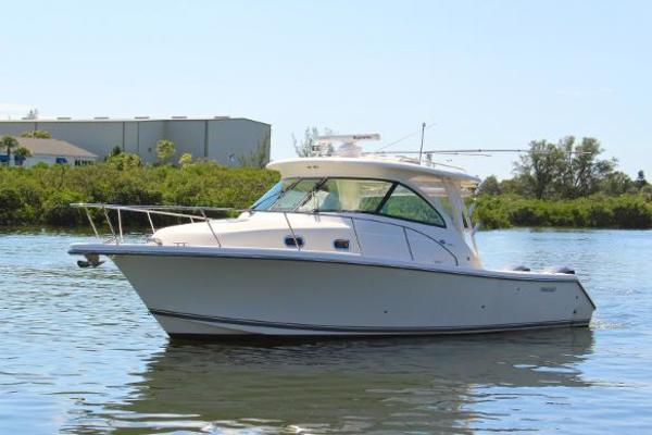 34' Pursuit 345 Offshore 2011