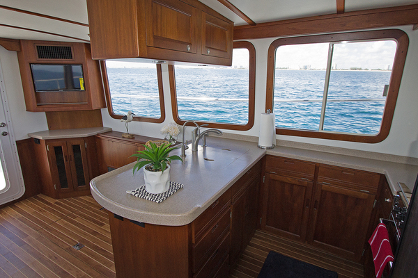 Picture Of: 44' Nordic Tugs 2018 2004 Yacht For Sale | 4 of 14