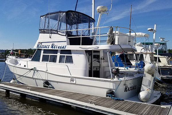 39' Mainship 350 1998 | Rascals Retreat
