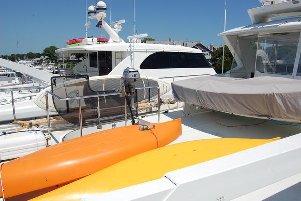 2009 Ocean Alexander 74' 2009 HATT TRICK   Picture 2 of 55