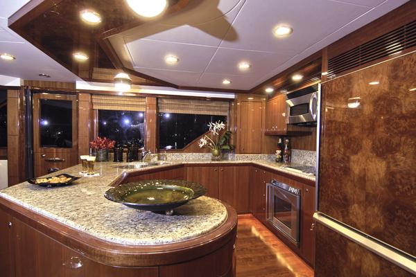 2009 Ocean Alexander 74' 2009 HATT TRICK   Picture 6 of 55