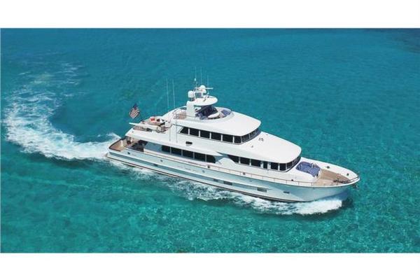 100' Motor Yacht Paragon 92 2015 | KAYTOO