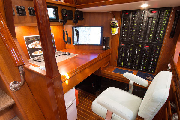 1986 Gulfstar 80' Enclosed Cockpit Eagles Nest | Picture 3 of 37