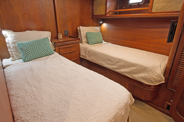 1986 Gulfstar 80' Enclosed Cockpit Eagles Nest | Picture 6 of 37