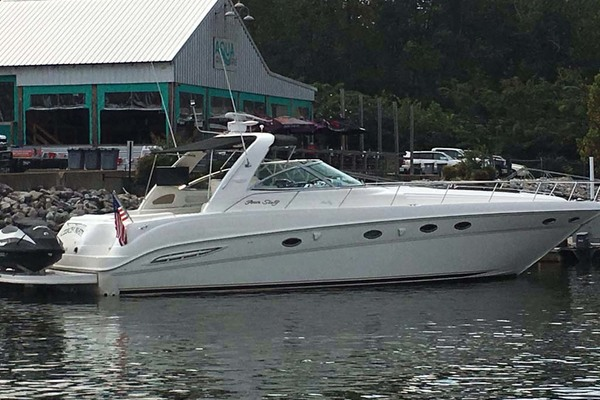 Sea Ray 46' 460 Sundancer 2000