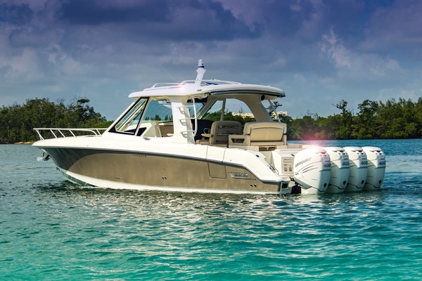 photo of 2019 Boston Whaler 380 Realm For Sale