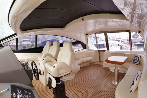 2007 PERSHING 62 FOR SALE