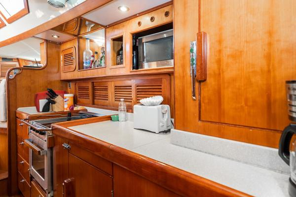 2006 Tayana 58' 58 Deck Saloon Majestic   Picture 1 of 100