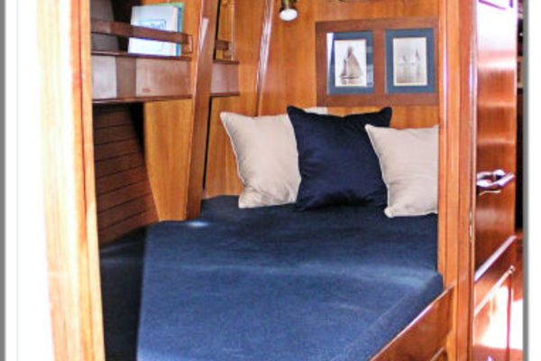 Picture Of: 55' Tayana Cutter Rig Center Cockpit 1986 Yacht For Sale | 3 of 27