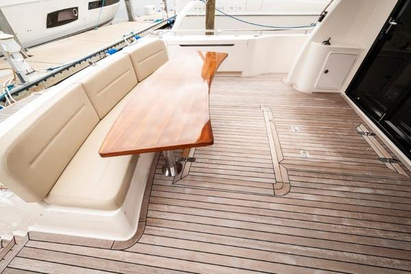 2016 Maritimo 70' M70 After Five   Picture 3 of 74