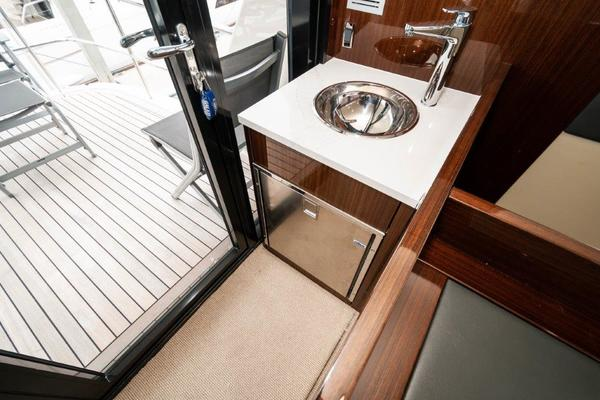 2016 Maritimo 70' M70 After Five   Picture 6 of 74
