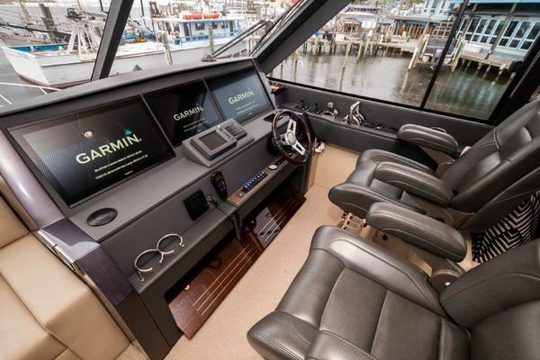 2016 Maritimo 70' M70 After Five   Picture 4 of 74