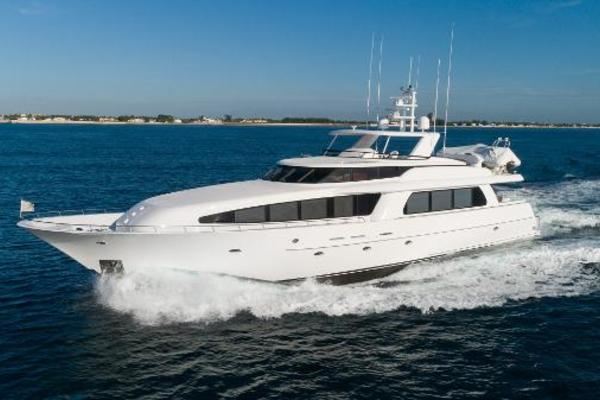 103' Westport West Bay 2000 | SEA FILLY
