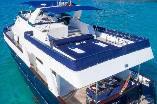2007 Custom 70' Blue Sailor Shipyard 70'  MAXMARA | Picture 3 of 46