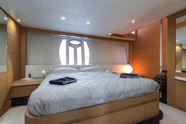 2010 Pershing 80' 80 LOUNOR | Picture 4 of 29