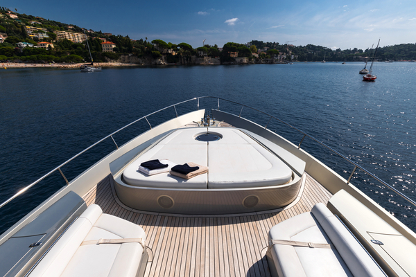 2010 Pershing 80' 80 LOUNOR | Picture 2 of 29