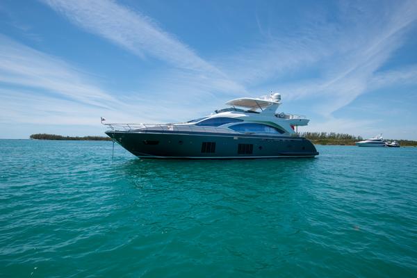 2016Azimut 84 ft Motor Yacht   US Spec   KB1