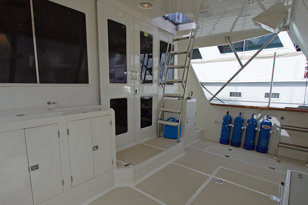Picture Of: 62' Offshore Yachts Pilothouse 2001 Yacht For Sale | 4 of 25