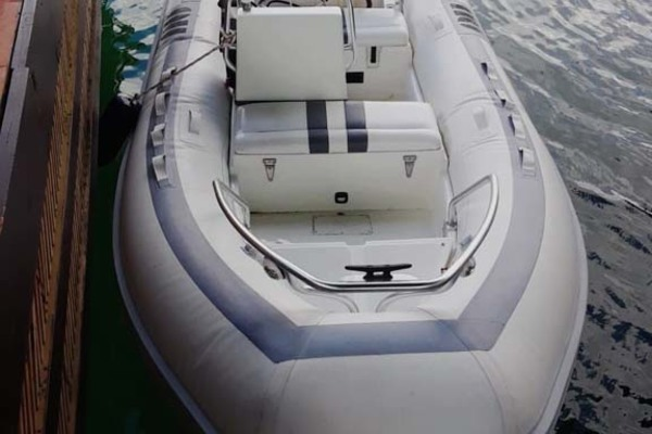 1992 Hatteras 58' Convertible Animo ll | Picture 8 of 32
