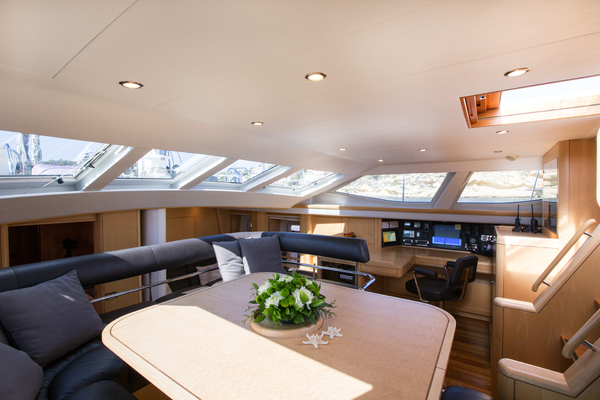 2010 Oyster 82' 82' MATHILDA SOUND | Picture 2 of 64