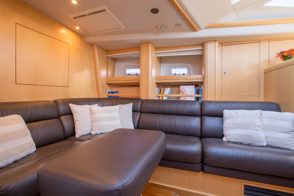 2010 Oyster 82' 82' MATHILDA SOUND | Picture 4 of 64