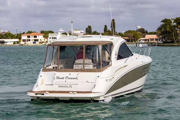 2007Cruisers Yachts 39 ft 390 Sports Coupe   Nauti Dreams