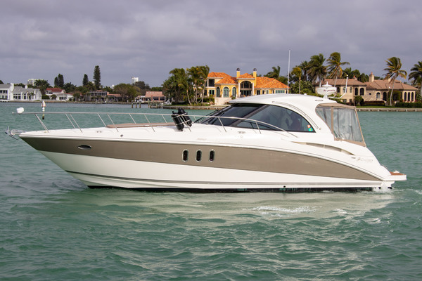 40' Cruisers Yachts 390 Sports Coupe 2007 | Nauti Dreams