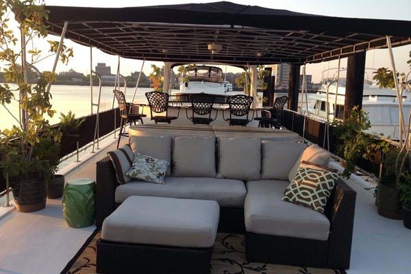 2007Horizon 66 ft 66 Houseboat   Carpe Diem