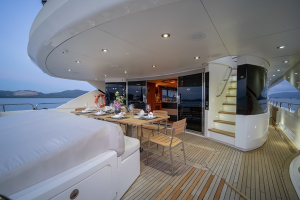 2010 Sunseeker 131' 40 M Yacht  TANVAS | Picture 6 of 56