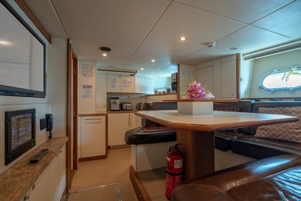 2010 Sunseeker 131' 40 M Yacht  TANVAS | Picture 5 of 56