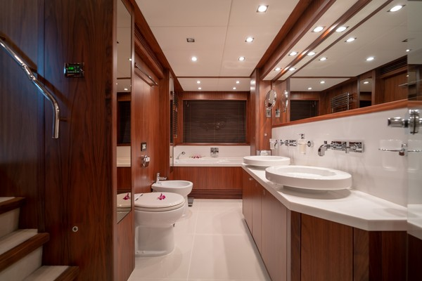 2010 Sunseeker 131' 40 M Yacht  TANVAS | Picture 8 of 56