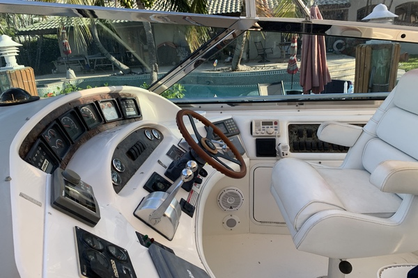 1997Sea Ray 58 ft 580 Super Sport   No Name