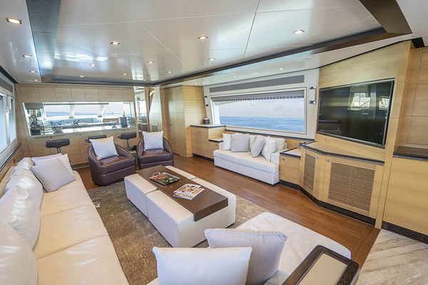 2016Horizon 94 ft Flybridge Motor Yacht   WILD DUCK