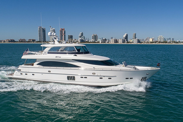 94' Horizon Flybridge Motor Yacht 2016 | Wild Duck