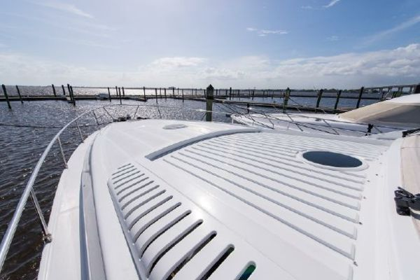 2000Pershing 65 ft 65 Limited   LUPO II