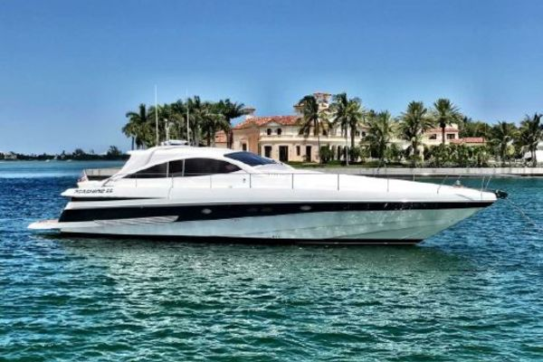 65' Pershing 65 Limited 2000 | Lupo Ii