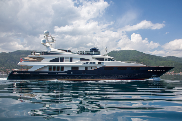 photo of 163' Benetti 164 2004
