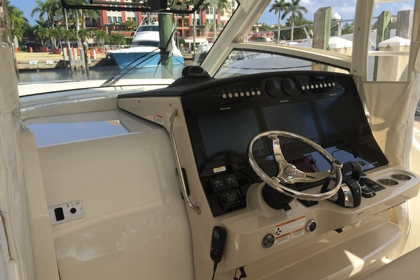 2018Boston Whaler 42 ft 420 Outrage