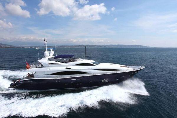 105' Sunseeker 105 Yacht 2004 | Kefi