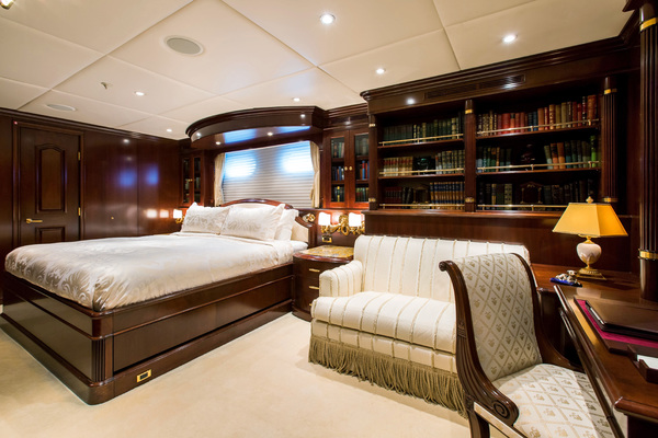 2005 Trinity Yachts 180'  MUSTIQUE | Picture 8 of 55