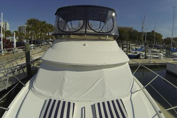 2005Meridian 36 ft 368 Motor Yacht   Reflections