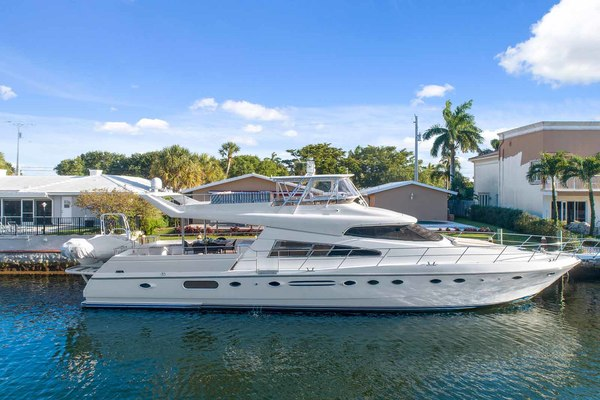 72' Johnson Flybridge Motor Yacht 1993 | Coquette