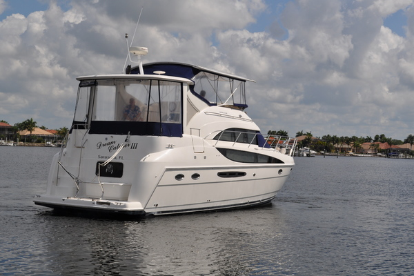 2004Meridian 40 ft 408   Dream Catcher III