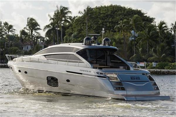 62' Pershing 62 2014 | No Name