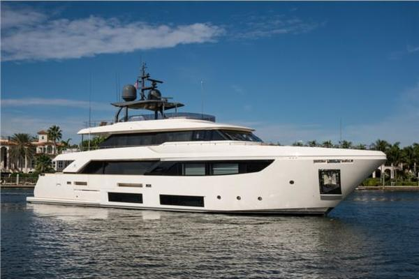 108' Custom Line Navetta 33 M 2018 | No Name 2018 33 Navetta