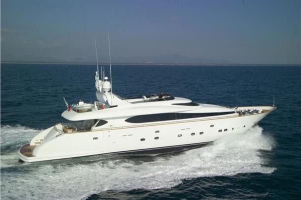 103' Maiora Motor Yacht 1999 | Sashay