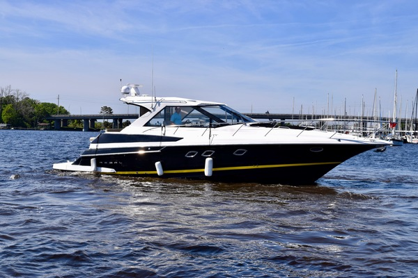 2010Regal 46 ft Sports Coupe