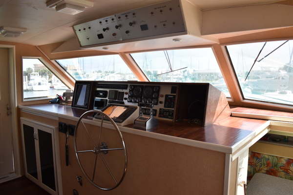 1977Hatteras 82 ft Flybridge Motor Yacht   Chapter 2