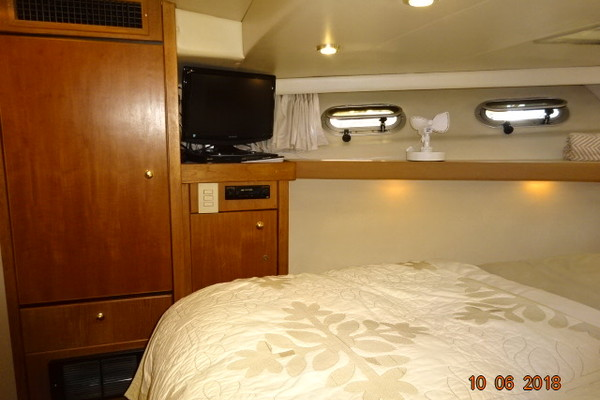 1998 Bayliner 47' 4788 Sea Jamm | Picture 7 of 61
